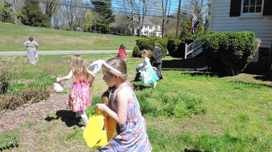 Racing for Easter Eggs at the Rising SunInn